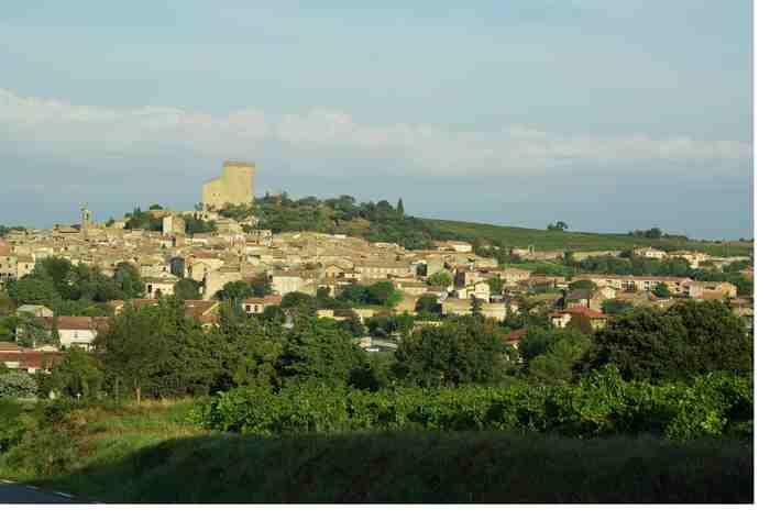 Village chateauneuf du pape